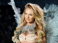 Steinfort bij show Victoria Secret